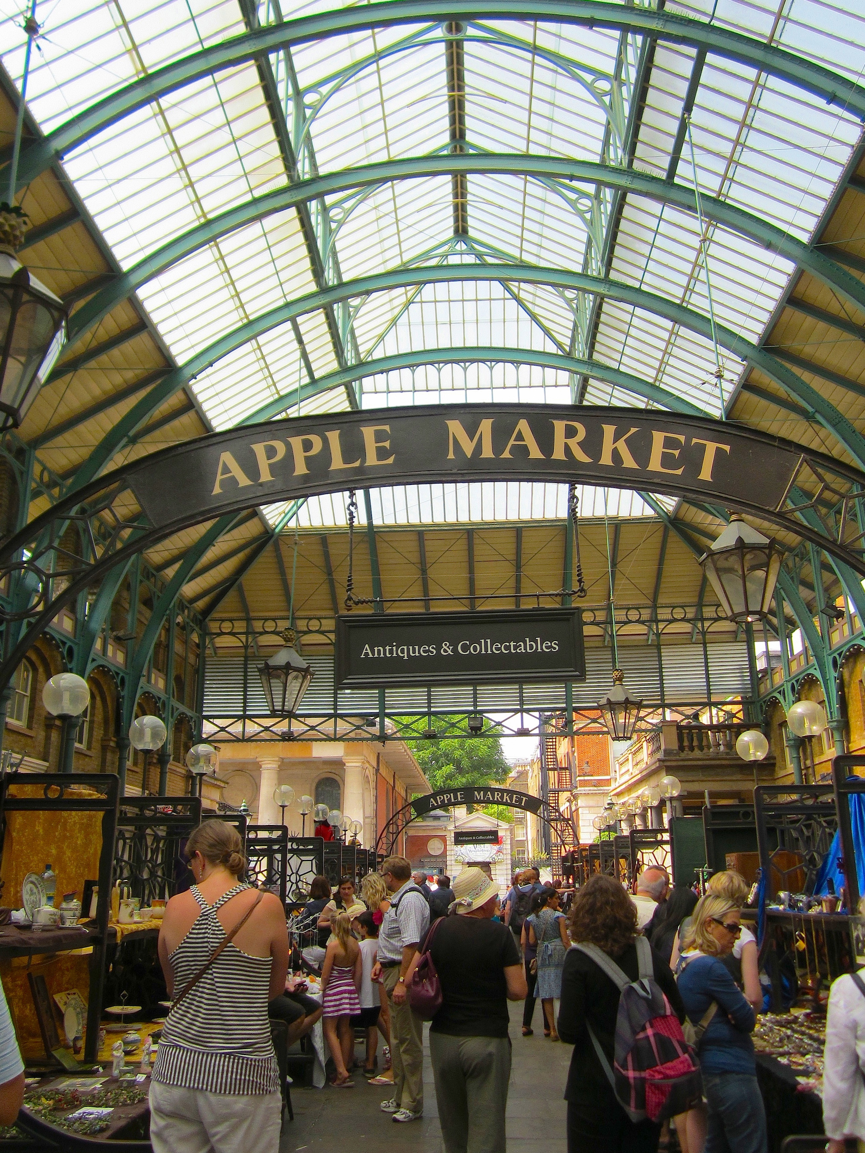 Covent Garden – Here-There-Everywhere – This-That-Everything