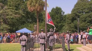 150710111242-confederate-flag-removal-south-carolina-capitol-sot-00003010-exlarge-169